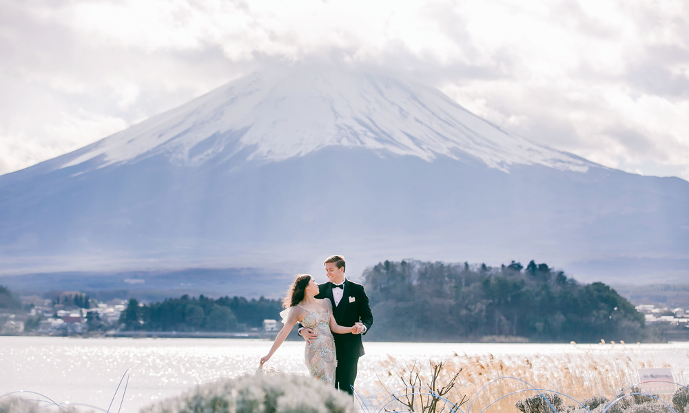 Mt.Fuji pre-wedding and engagement photo